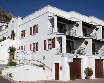 Berg en Zee Guesthouse - Gordon Bay - Building