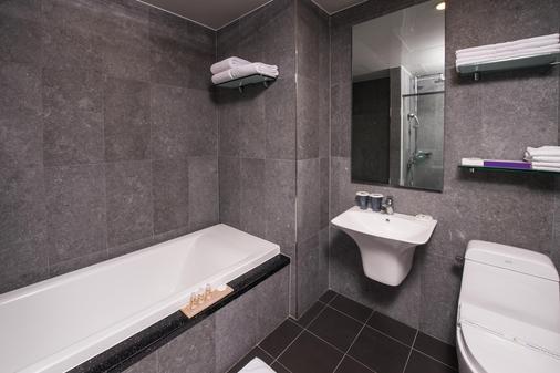 Hotel Leo - Jeju City - Kylpyhuone