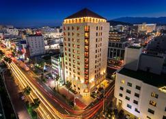 Hotel Leo - Jeju City
