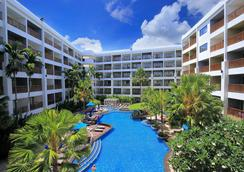 Deevana Plaza Phuket - Patong - Pool