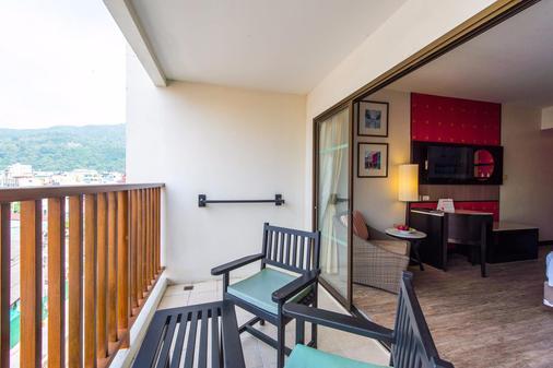 Deevana Plaza Phuket - Patong - Balcony