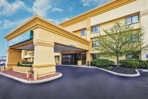 La Quinta Inn Toledo/Perrysburg - Perrysburg - Rakennus