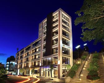 Lealea Garden Hotels - Moon Lake - Yuchi - Edificio