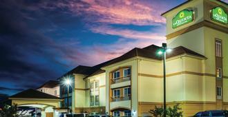 La Quinta Inn & Suites by Wyndham Brandon Jackson Airport E - Brandon