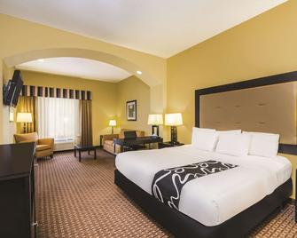 La Quinta Inn & Suites by Wyndham Brandon Jackson Airport E - Brandon - Спальня