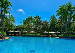 The Privilege Floor By Borei Angkor - Siem Reap - Pool