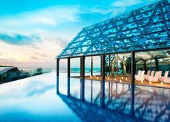 Le Méridien Bali Jimbaran - South Kuta - Pool