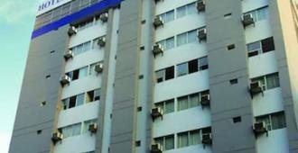 Hotel Carrera - Lima - Edificio