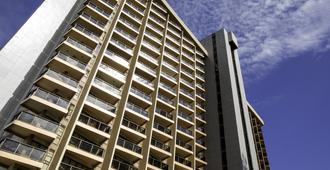 كوبيتشيك بلازا هوتل - برازيليا - مبنى