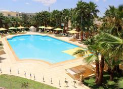 The Ksar Djerba Charming Hotel & Spa - Midoun - Piscina