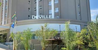 Hotel Deville Prime Cuiabá - קויאבה