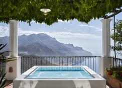 Palazzo Avino Preferred Hotels And Resorts - Ravello - Schlafzimmer