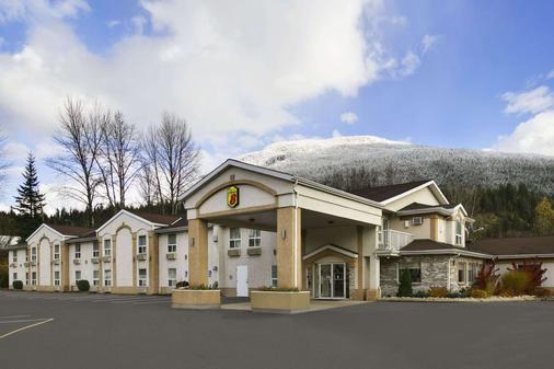 速 8 卑詩省雷夫爾斯托克酒店 - 瑞佛斯托克 - 雷夫爾斯托克 - 建築