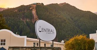 The Central - Queenstown - Outdoors view