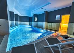 Perla Residence Hotel & Spa - Podgorica - Pool