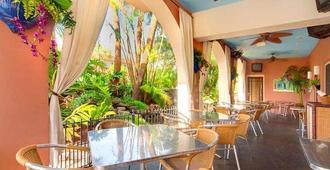 Tahitian Inn - Tampa - Restaurant