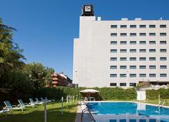 NH Madrid Ventas - Madrid - Bangunan