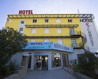 Hotel Le Richmont - Marseillan - Building