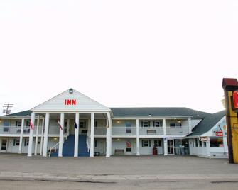 Voyageur Motor Inn - Доусон-Крік - Building