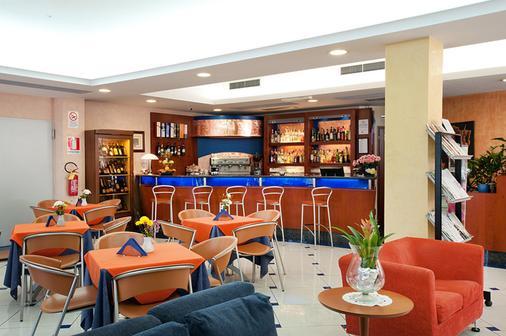 Best Western Blu Hotel Roma - Rooma - Baari
