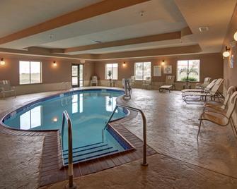 Holiday Inn Express & Suites Altus - Altus - Pool