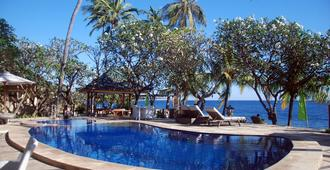Poinciana Resort Bali - Tejakula - Pool
