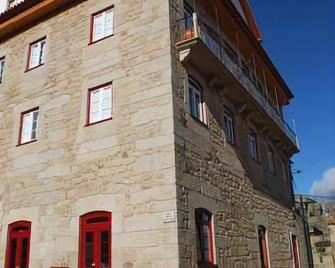 Casa Petrus Guterri - Fundão - Building