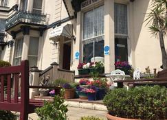 Bella Vista Hotel - Weston-super-Mare - Outdoor view