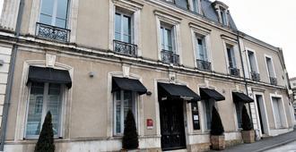 Hotel Particulier - La Chamoiserie - Niort - Edificio
