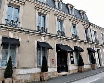 Hotel Particulier - La Chamoiserie - Niort - Building