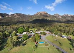 The Grampians Motel & The Views Restaurant - Halls Gap - Outdoor view