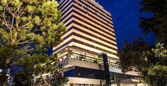 Tirana International Hotel - Tirana - Toà nhà