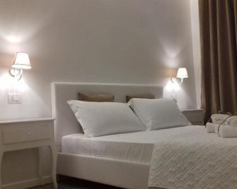 Blanco B&B - Trani - Bedroom