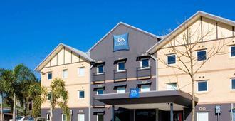 Ibis Budget Windsor Brisbane - Brisbane - Rakennus