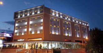 Euro Park Hotel - Estambul - Edificio