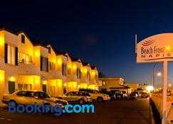 Beachfront Motel - Napier - Gebouw