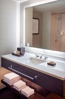 Grand Hyatt Denver - Denver - Bathroom