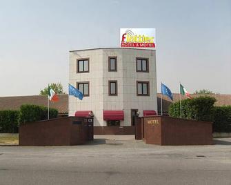 Hotel Motel Flower - Novi Ligure - Будівля