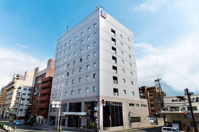 SureStay Plus Hotel by Best Western Shin-Osaka - Osaka - Edificio