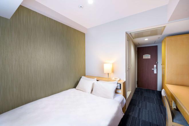 新大阪飯店 - 大阪 - 臥室