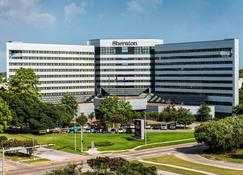 Sheraton North Houston at George Bush Intercontinental - Houston - Building