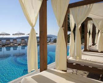 Red Tower Hotel Lefkada - Nikiana - Pool