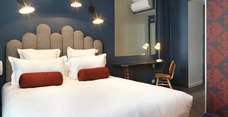 Hotel Paradis Paris - Paris - Schlafzimmer