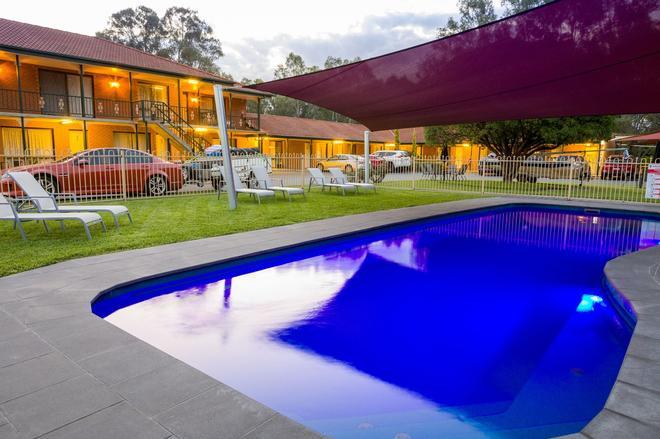 Advance Motel - Wangaratta - Pool