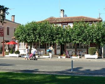 Hôtel Les Forges - Mimizan - Buiten zicht