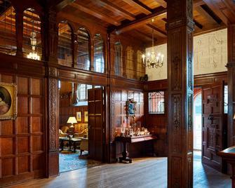 Hanbury Manor Marriott Hotel & Country Club - Ware - Лоббі