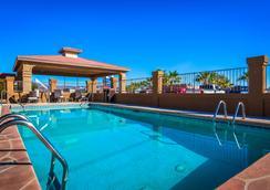 Best Western Parker Inn - Parker - Pool
