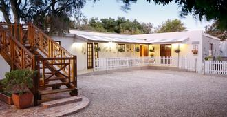 The Potting Shed Guest House - Hermanus