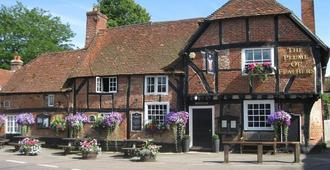 The Plume of Feathers - Farnham