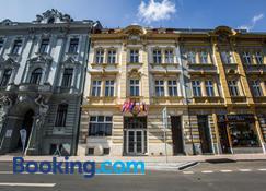 Hotel Dejmalik - Litoměřice - Building